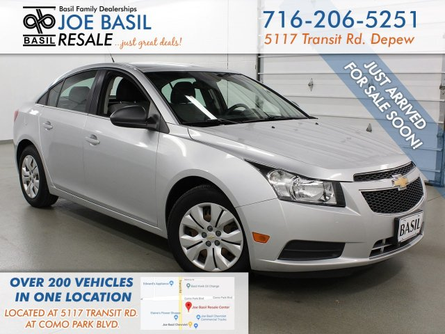 Pre-Owned 2012 Chevrolet Cruze LS FWD 4dr Car